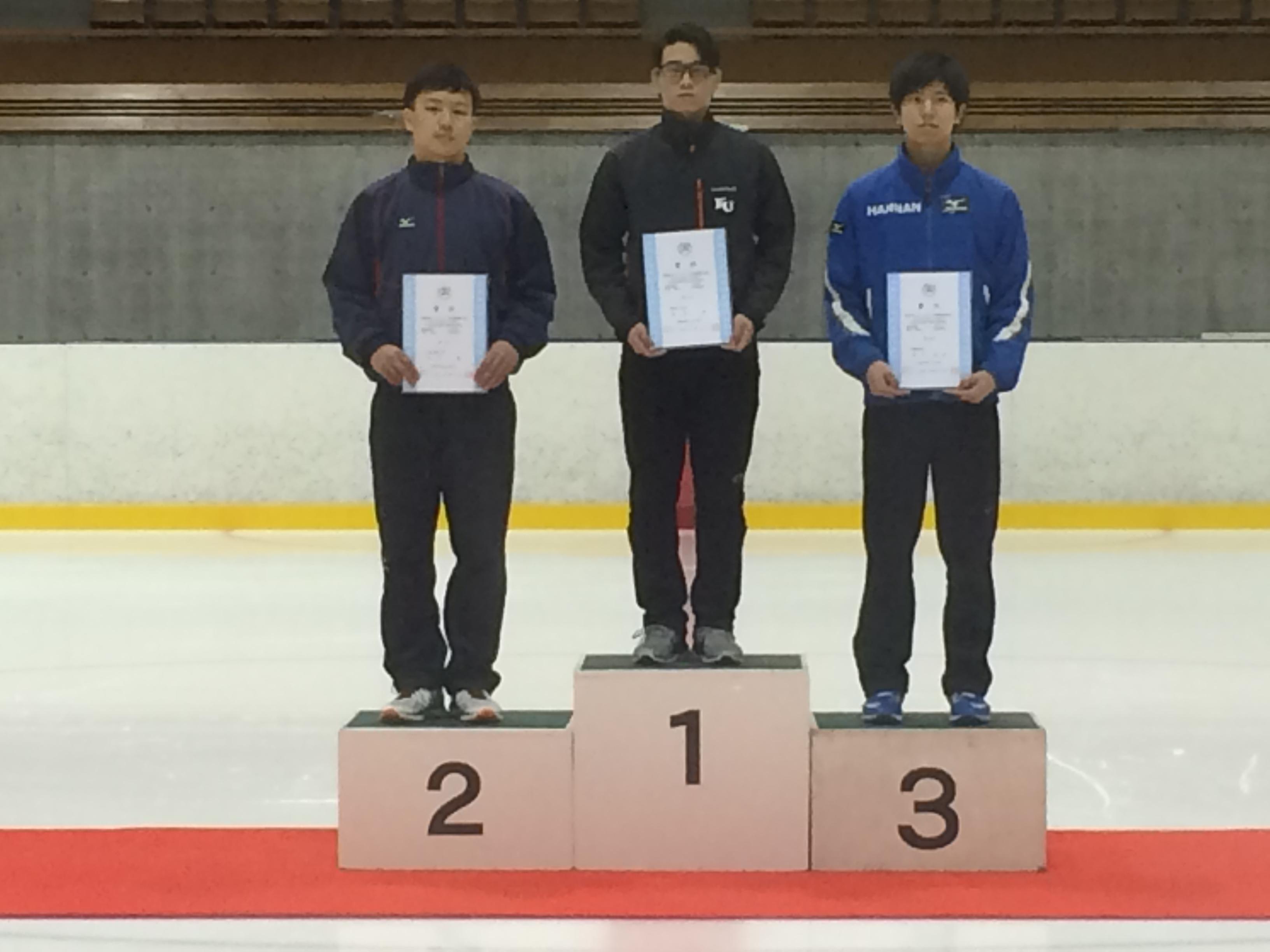 山梨学院 スケート部   2016年度...